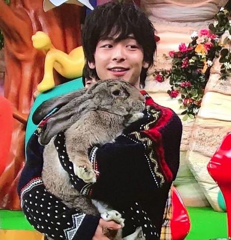 中村倫也 動物好き