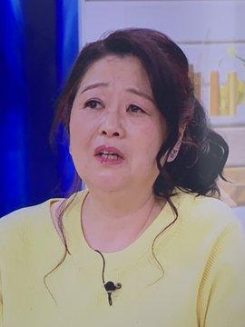 岡田晴恵 メイク