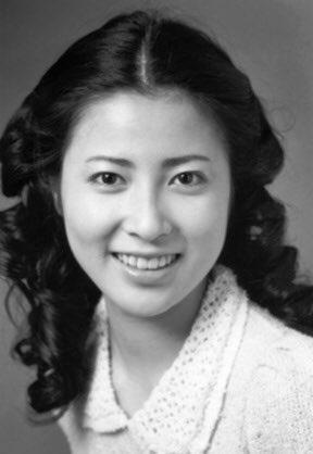 岡江久美子 若い頃